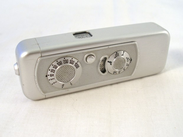 Minox IIIs w/ Minox Exposure Meter – Refurbished